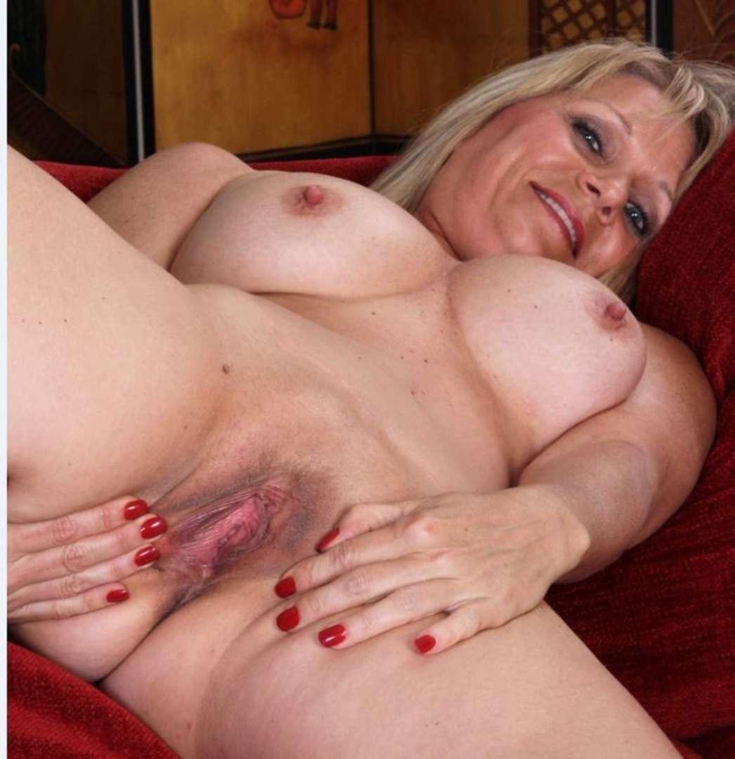 mature nue bonasse (8)