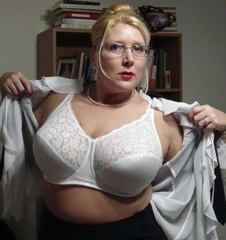 Maman aux gros seins deux