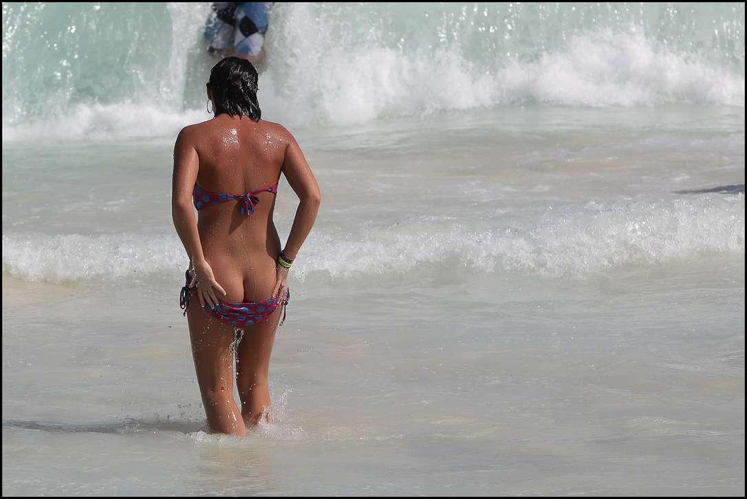 oops bikini fille sexy (10)