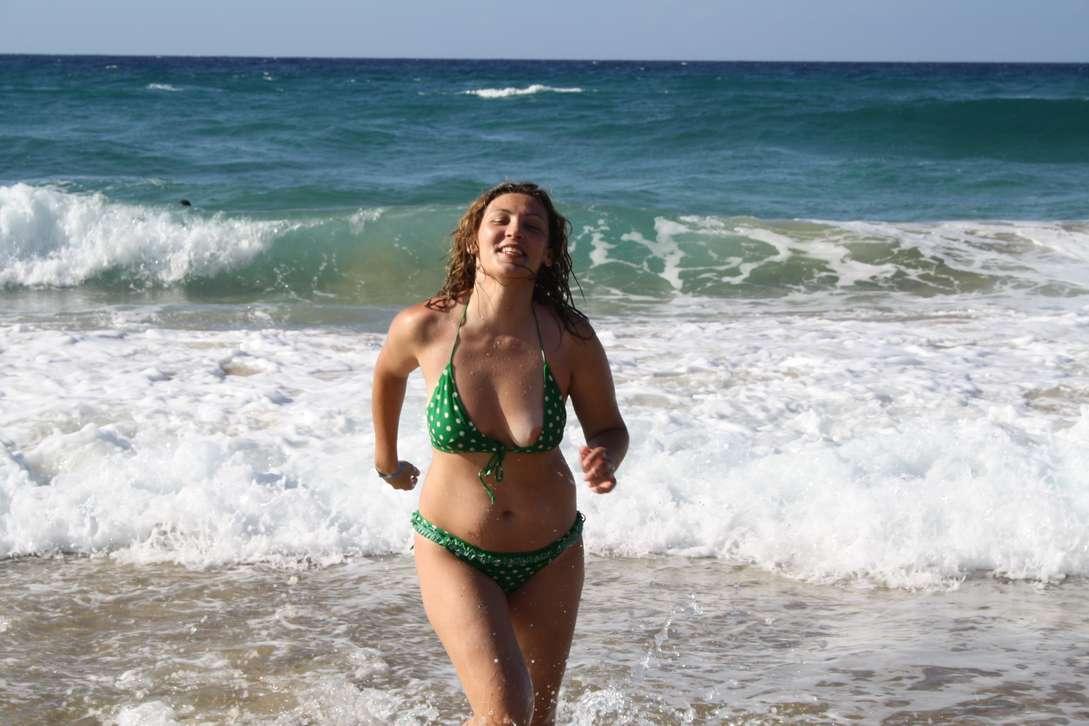 oops bikini fille sexy (25)