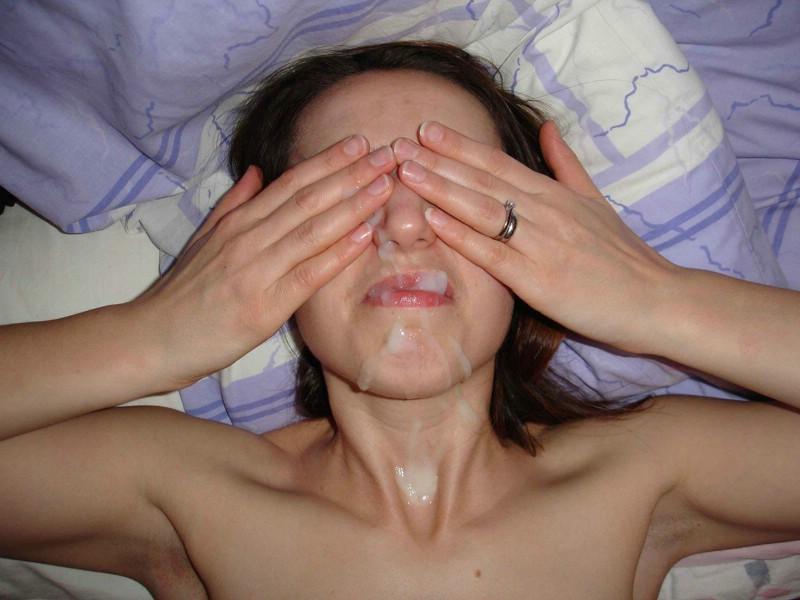 sperme visage salope (4)