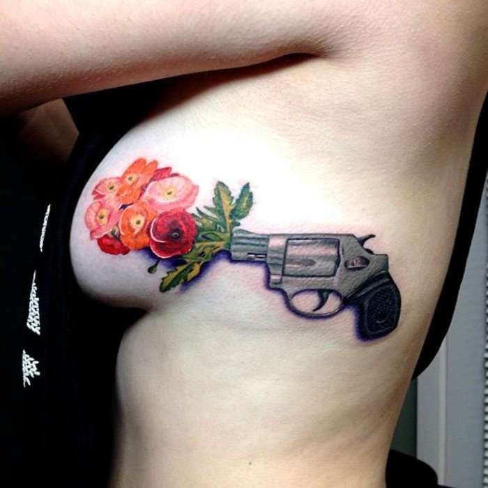 tatouage seins nus (10)