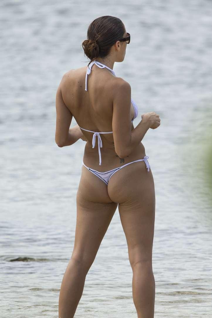 bikini dans le cul (7)