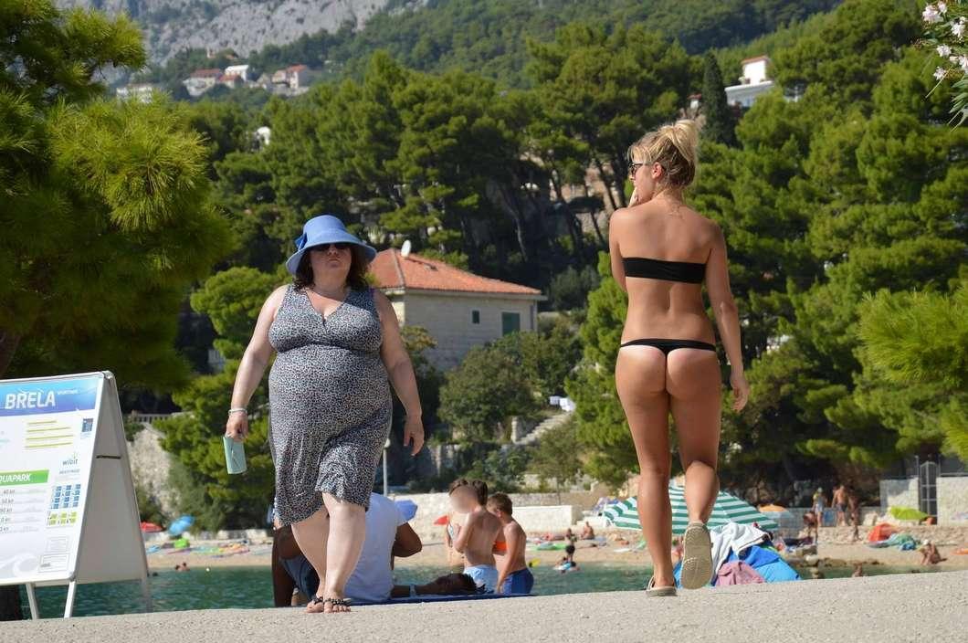 bikini dans le cul (8)