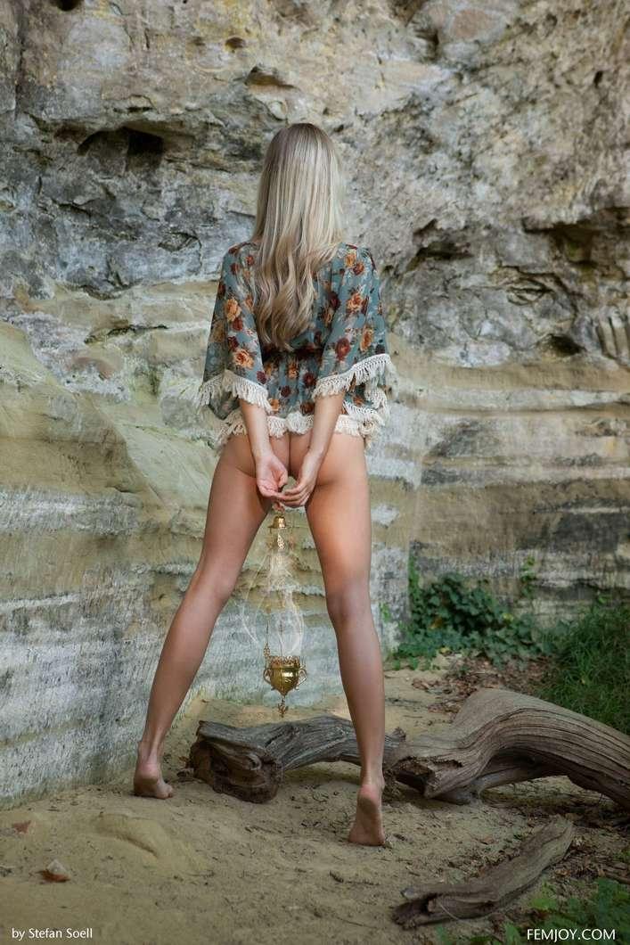 blonde gros seins nue (101)