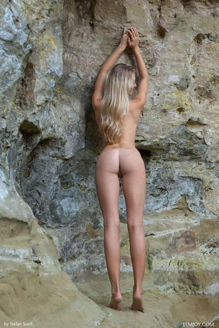 blonde gros seins nue (111)