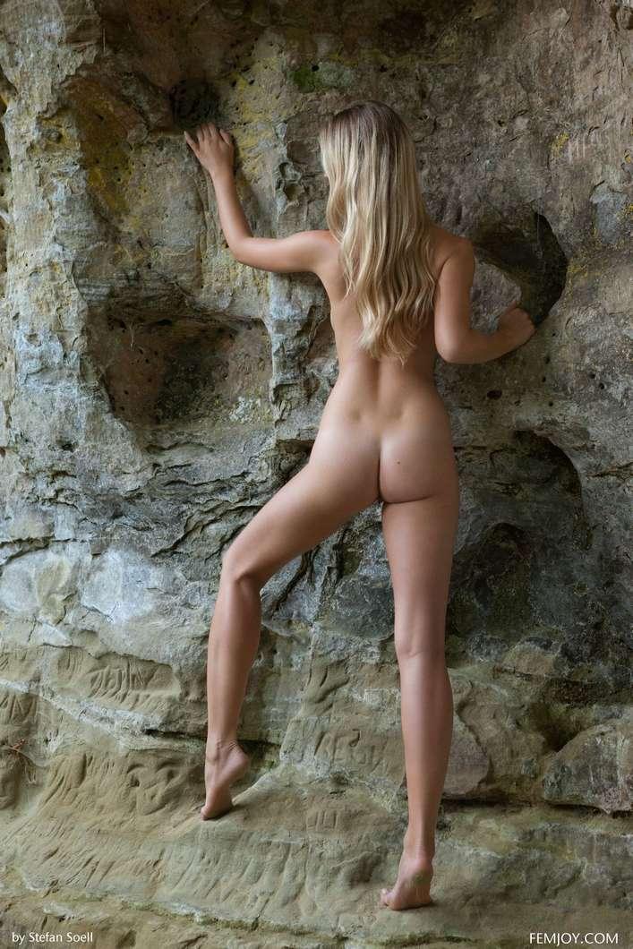 blonde gros seins nue (113)