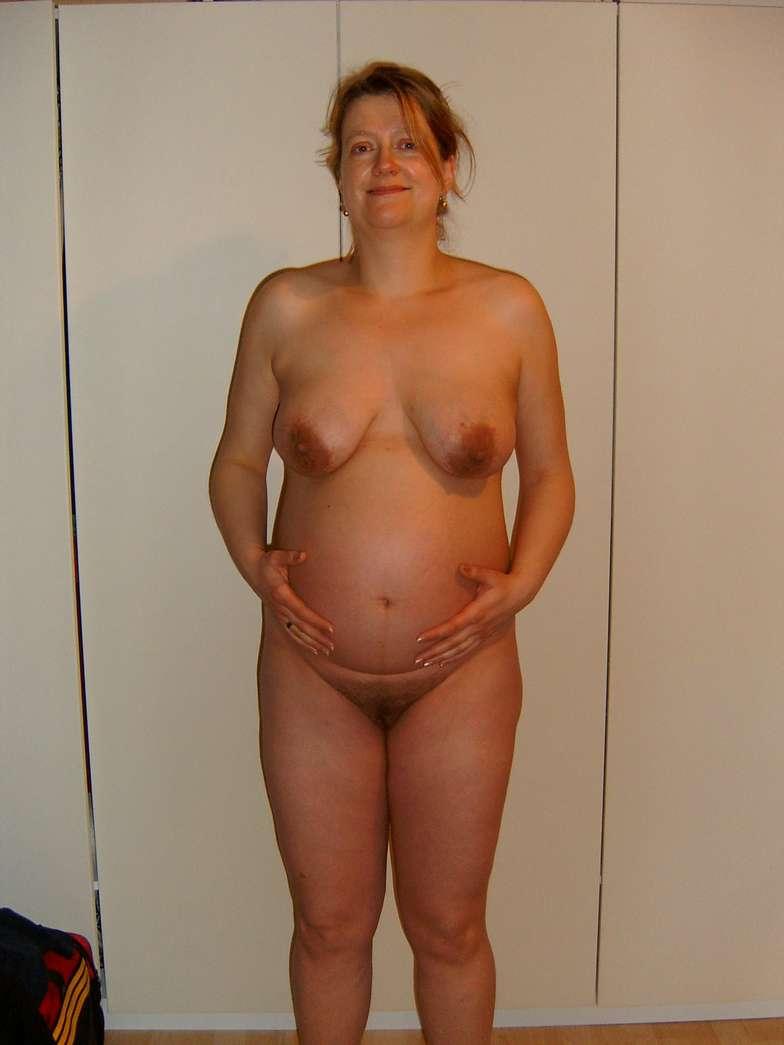 femme enceinte seins nus (12)
