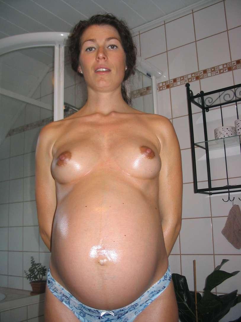 femme enceinte seins nus (7)