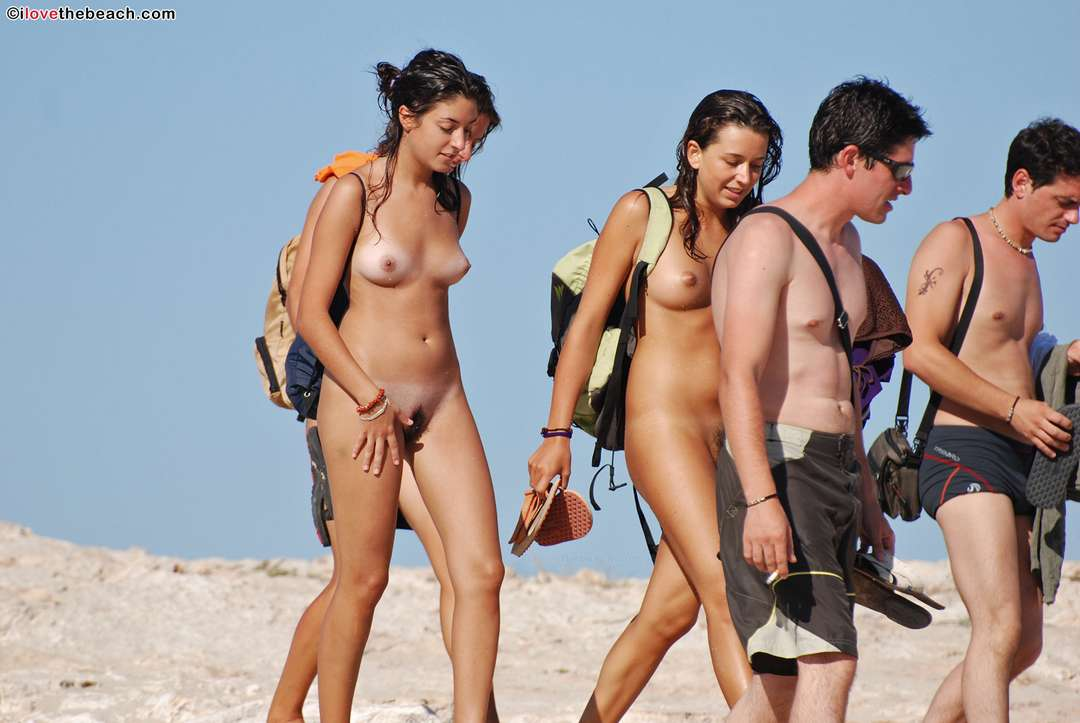 Amateurs de plage nue