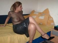 Femmes sexy en collants et talons hauts