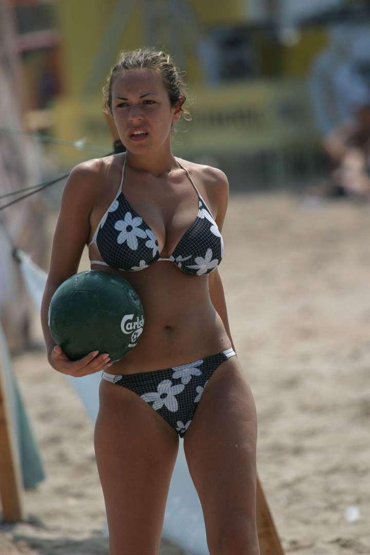 gros seins bikini (17)