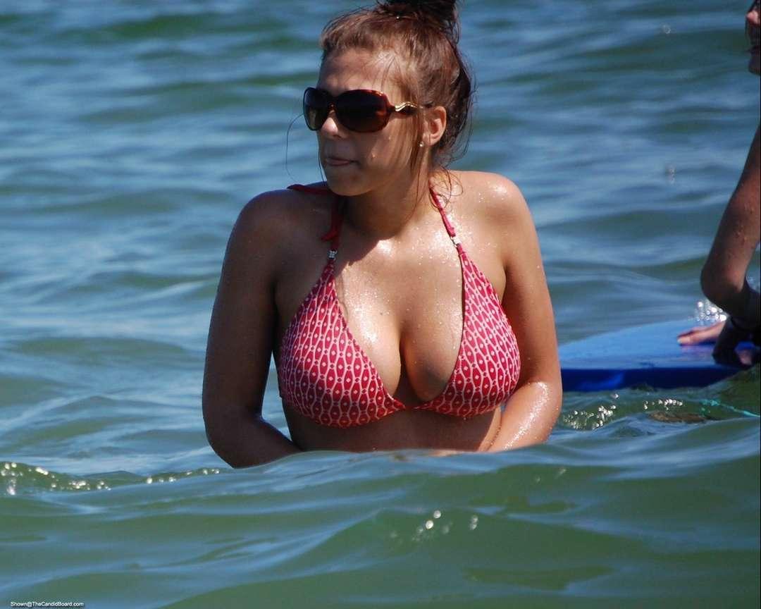 gros seins bikini (18)