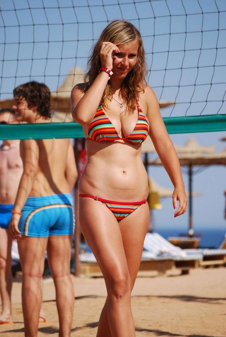 gros seins bikini (20)
