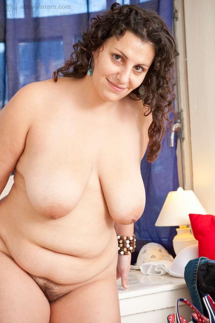 grosse brune sexy nue (111)