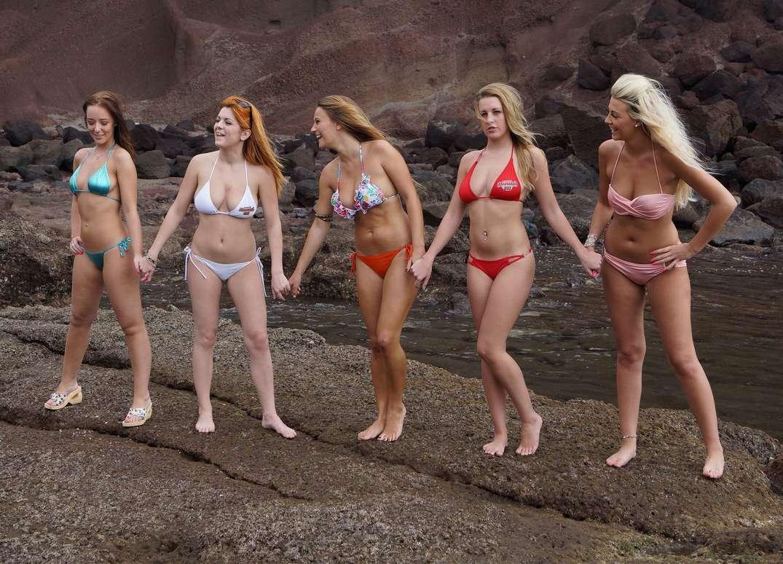groupe filles sexy bikini (16)