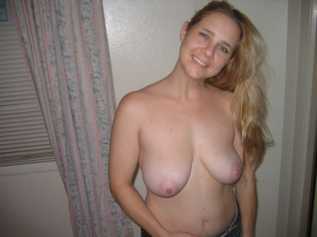 mature a grosse poitrine