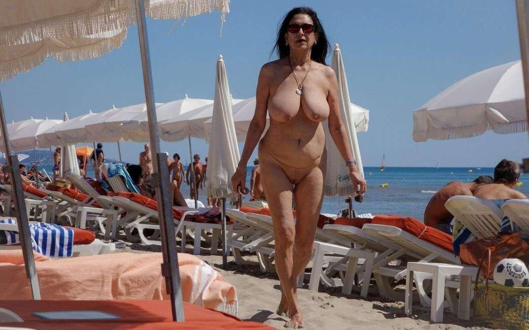 femme baise a la plage salope aux gros nichons