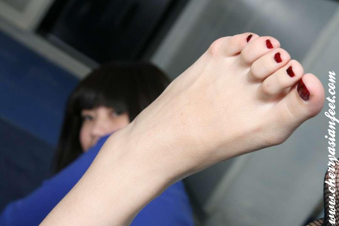 Exposition de jolis pieds 7