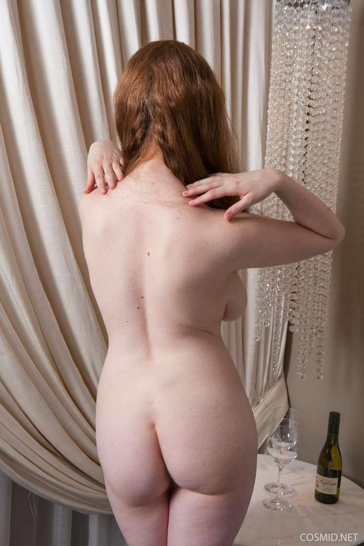 rousse ronde gros nichons nue (146)