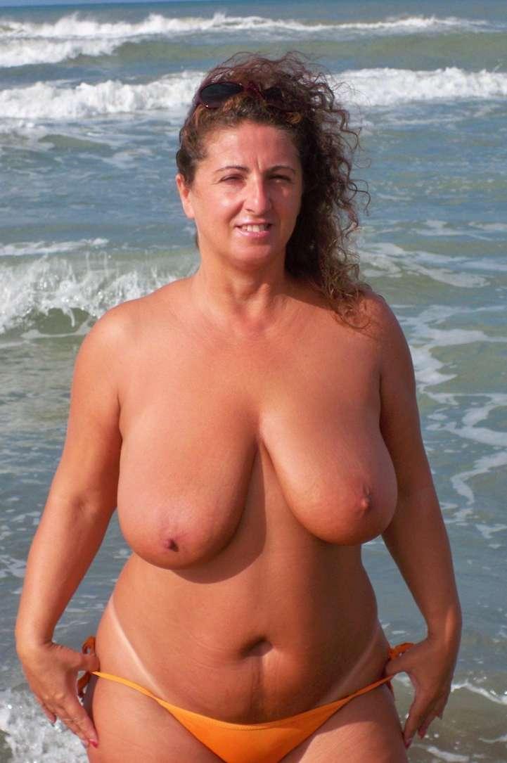 topless gros seins nus (26)
