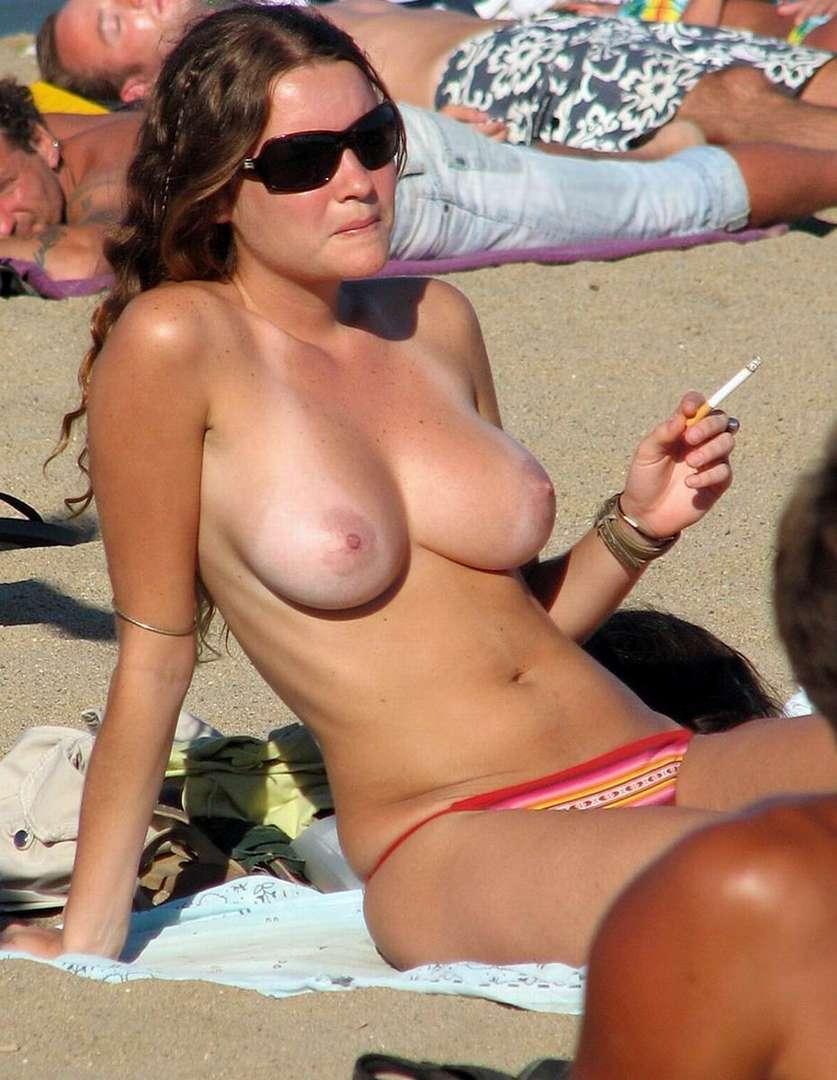 topless gros seins nus (5)