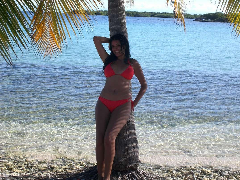 bombasse bresilienne bikini nue (21)