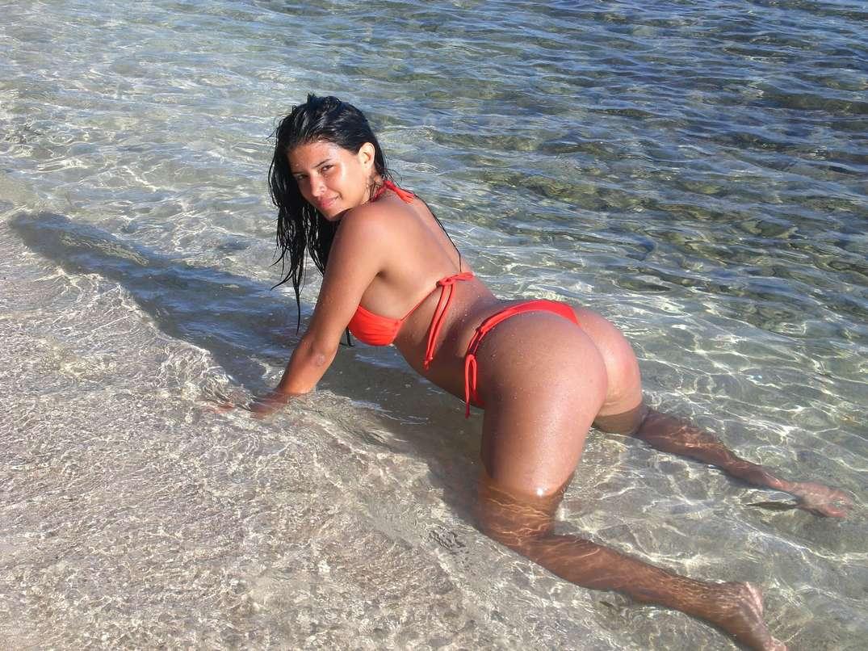bombasse bresilienne bikini nue (27)