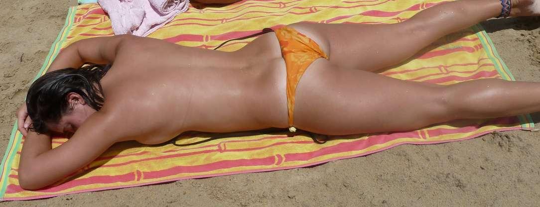 cul brune plage sexy (100)