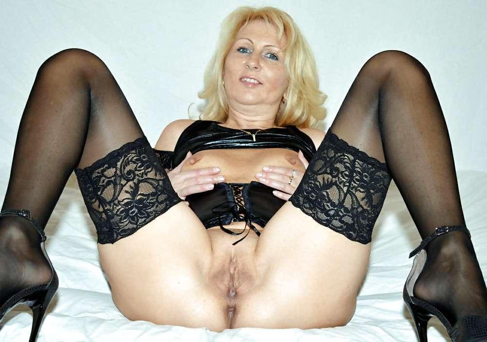 femme nue bas talons (10)