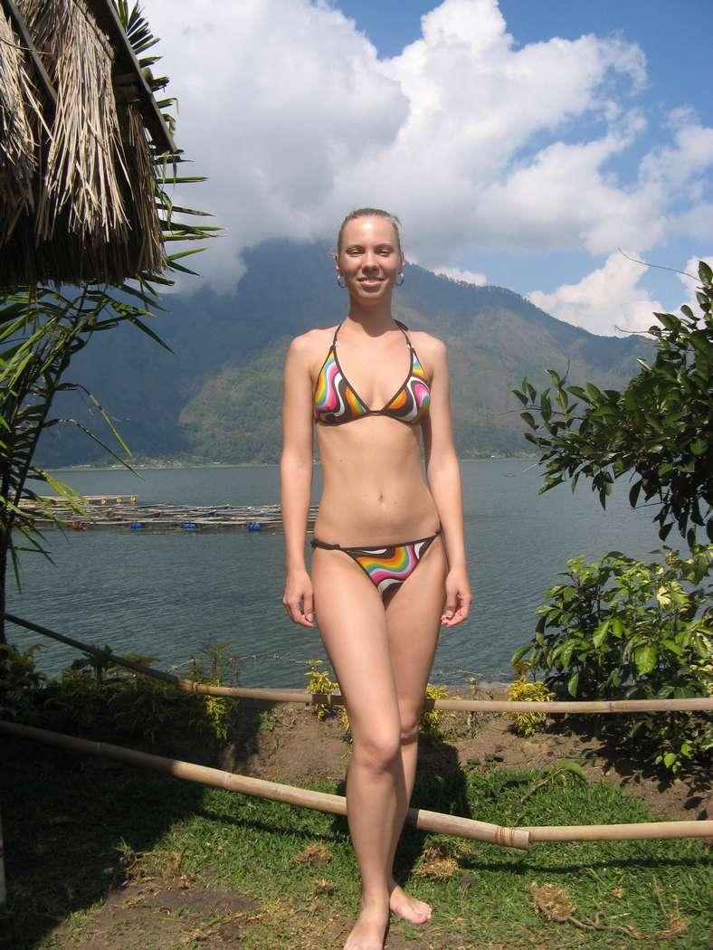 fille sexy bikini (12)