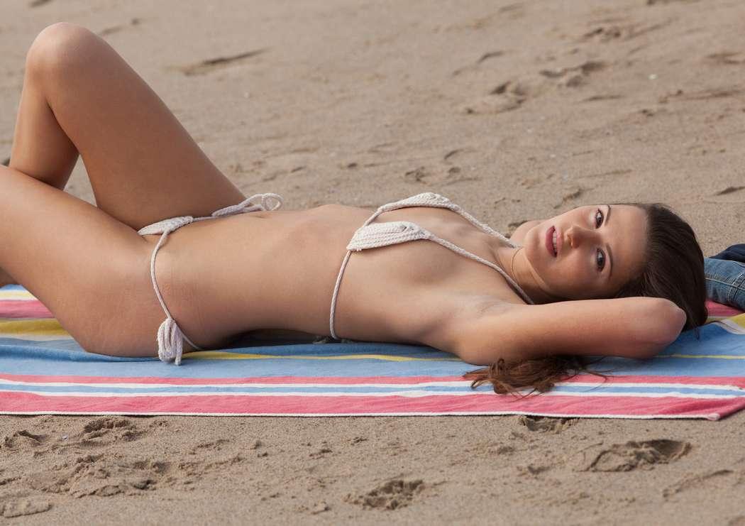 fille sexy bikini (5)