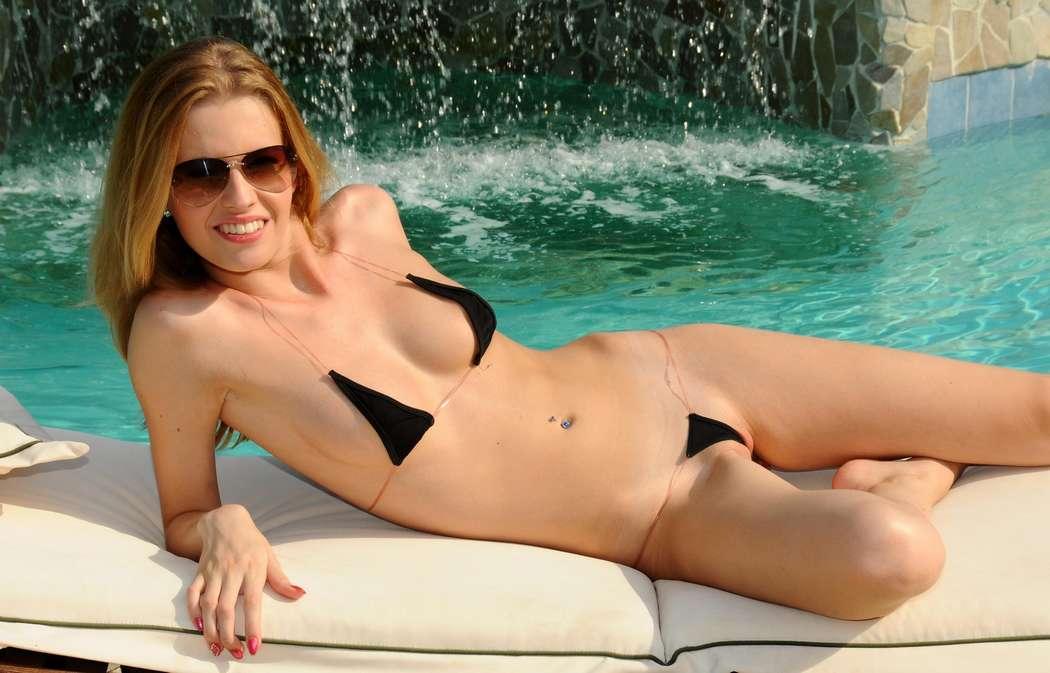 fille sexy bikini (6)