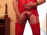 en guepiere et bas rouge