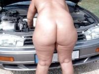 Femmes aux grosses fesses vues par derrière
