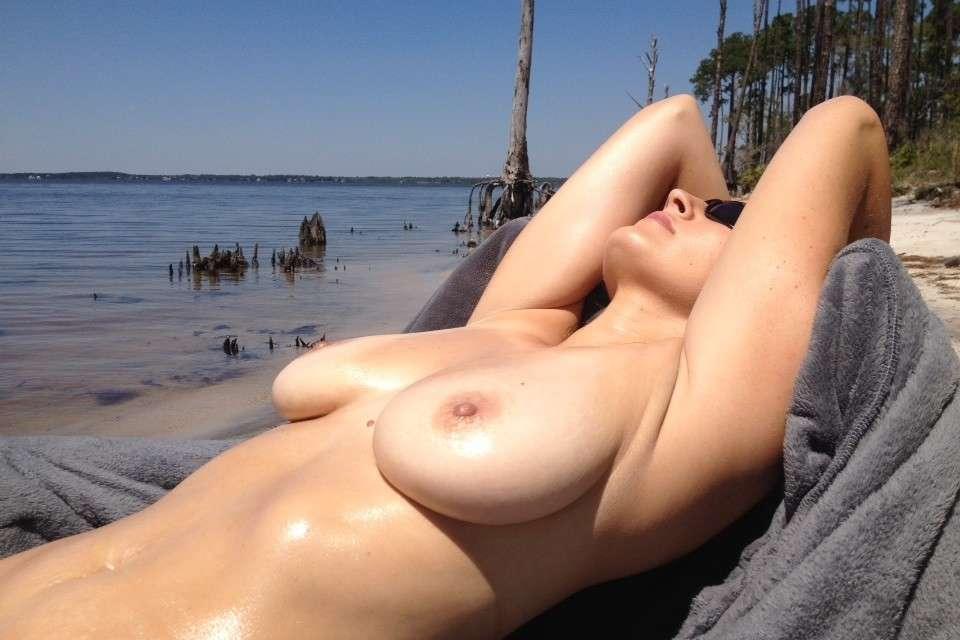 gros seins nue plage pipe (105)