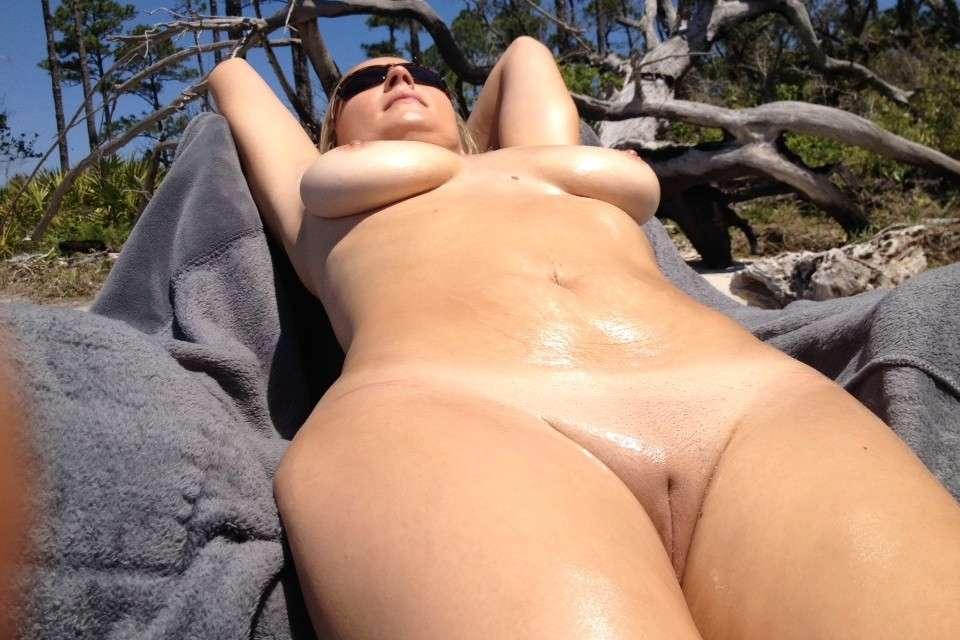gros seins nue plage pipe (107)