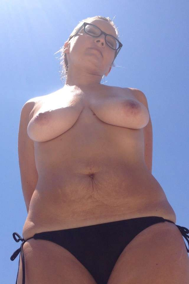 gros seins plage ucile