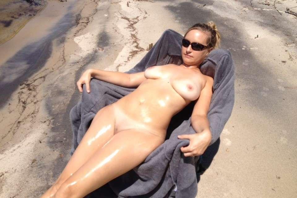 gros seins nue plage pipe (113)