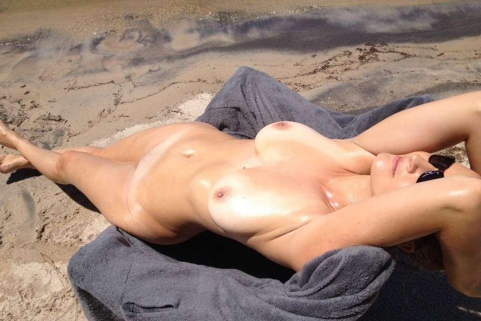 gros seins nue plage pipe (124)