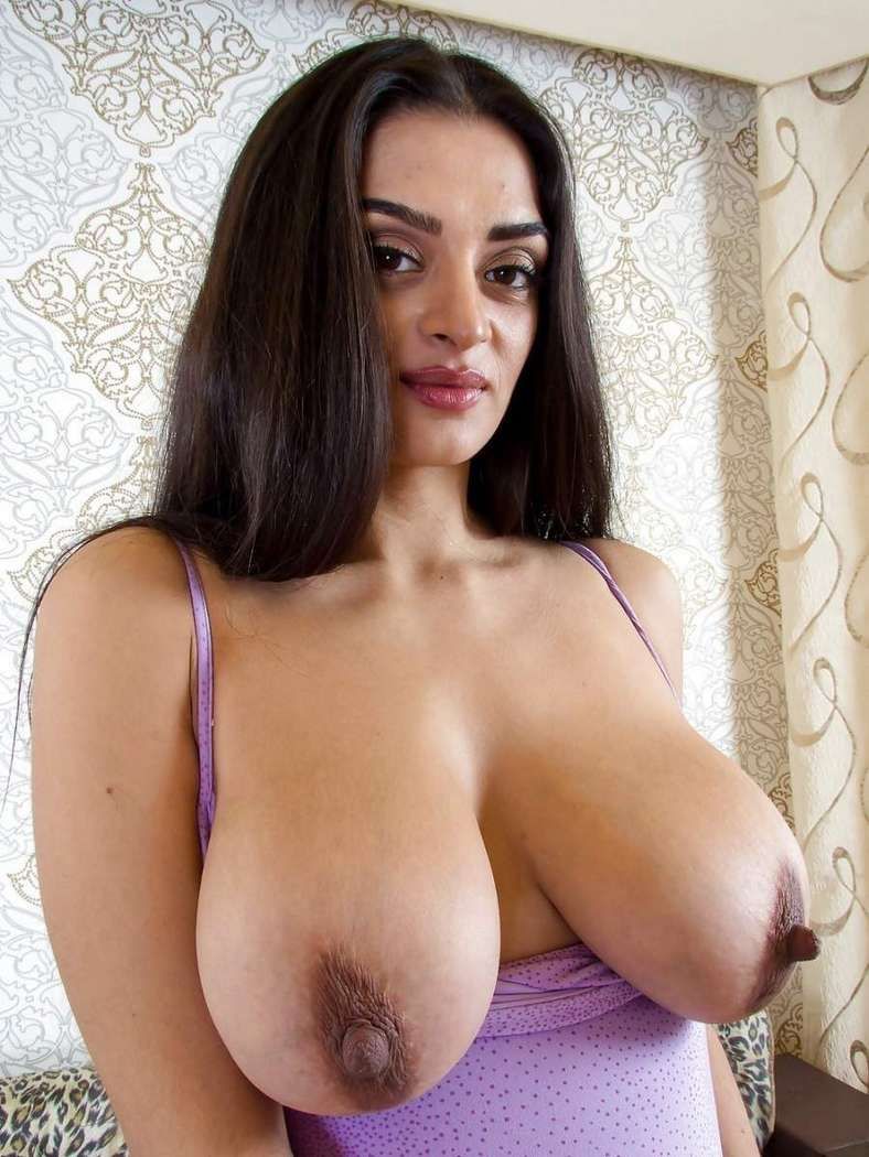 Middle eastern women big tits