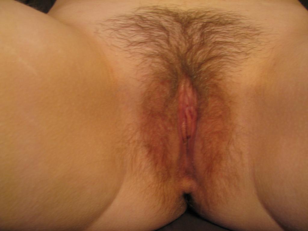 milf petits seins chatte poilue (124)