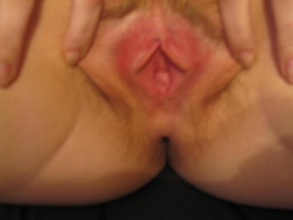 milf petits seins chatte poilue (137)