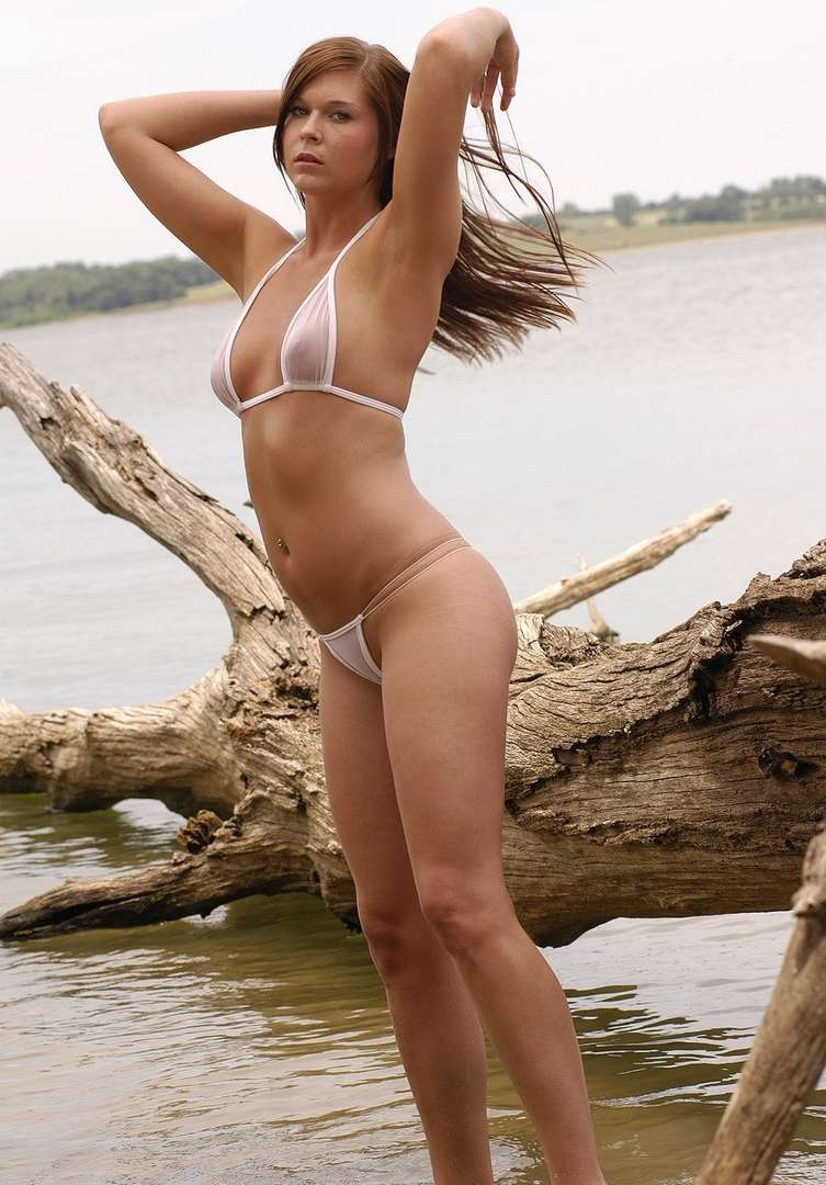 oops bikini seins (7)