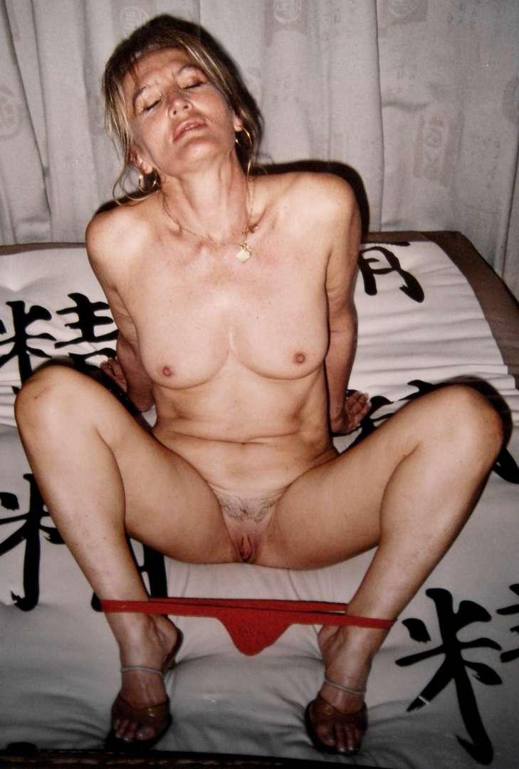 photo vintage vieille blonde (111)