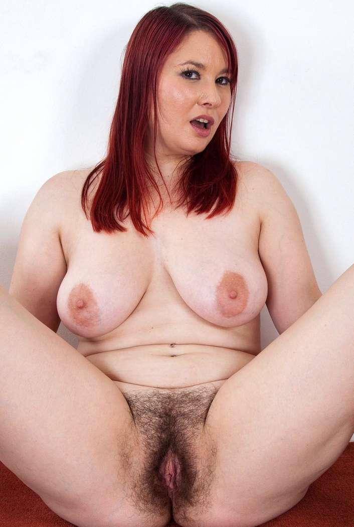 (chatte) nude de femme