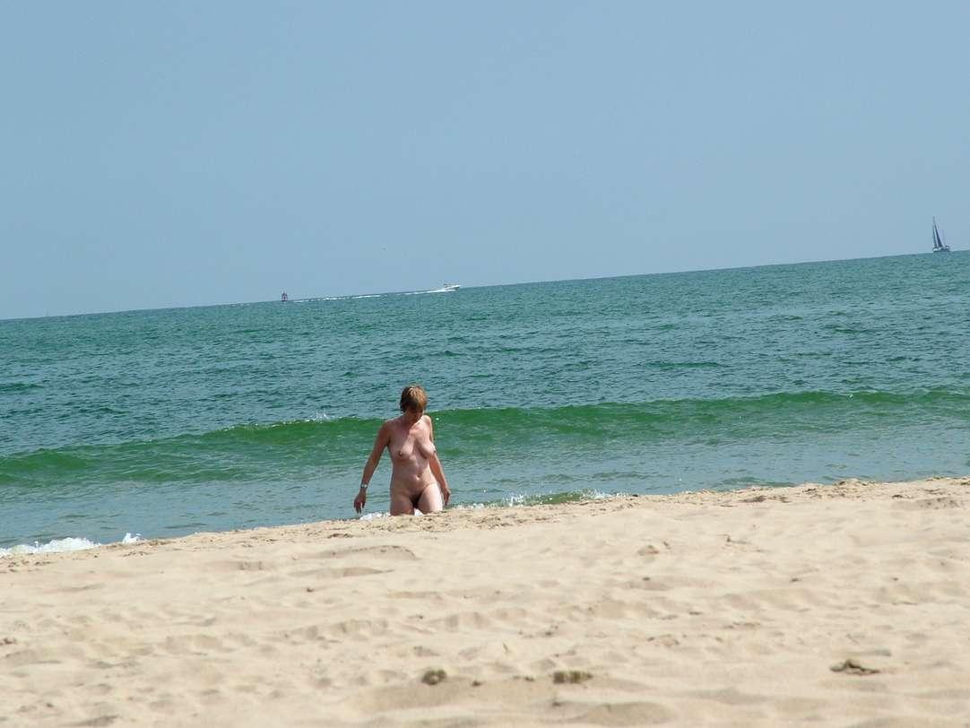 voyeur femme mature nue (102)