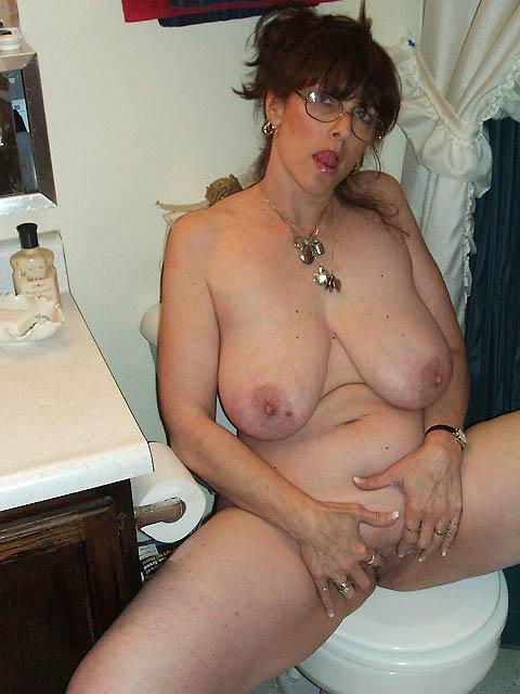 femme mature lunettes (2)