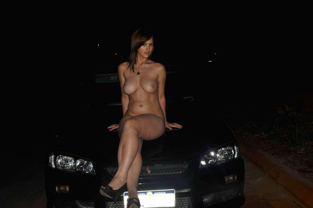 fille nue voiture (7)