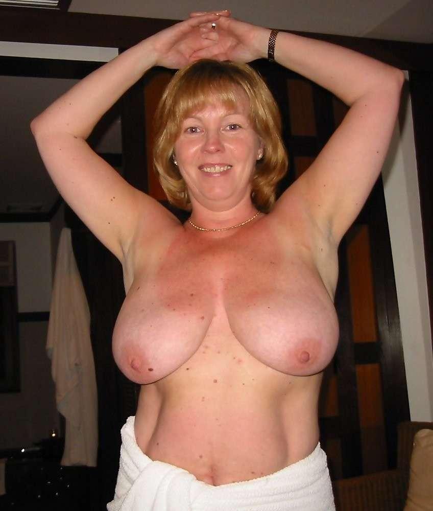 mature nue gros seins (9)